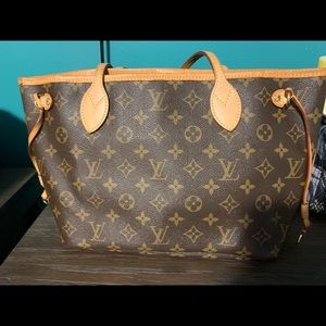 Louis Vuitton Neverfull PM